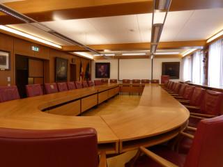 Sitzungssaal_Rathaus_WdS-900-600