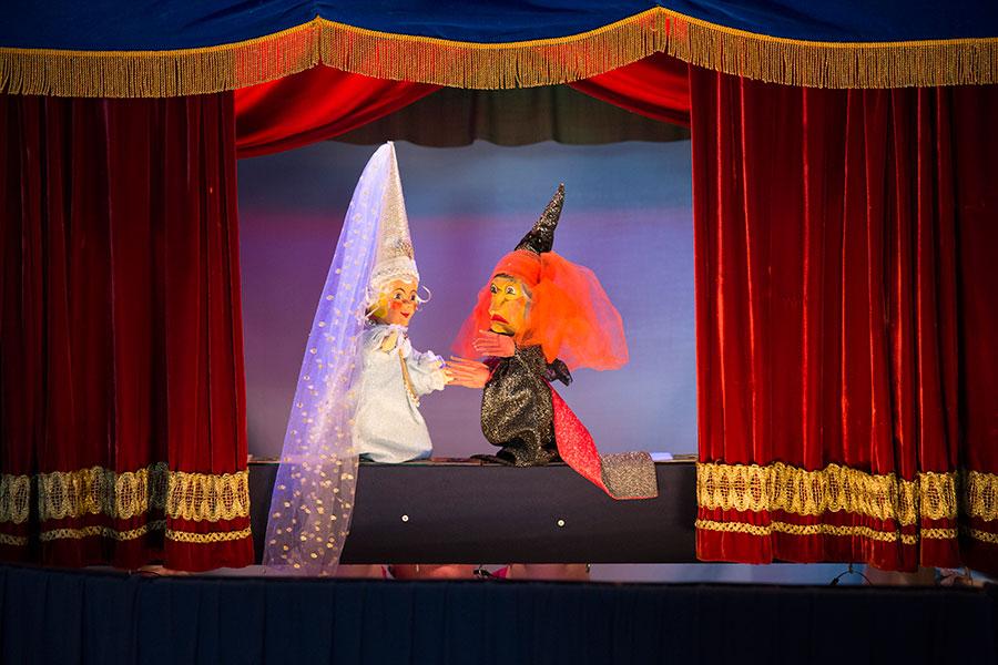 Aufführung im Handpuppentheater