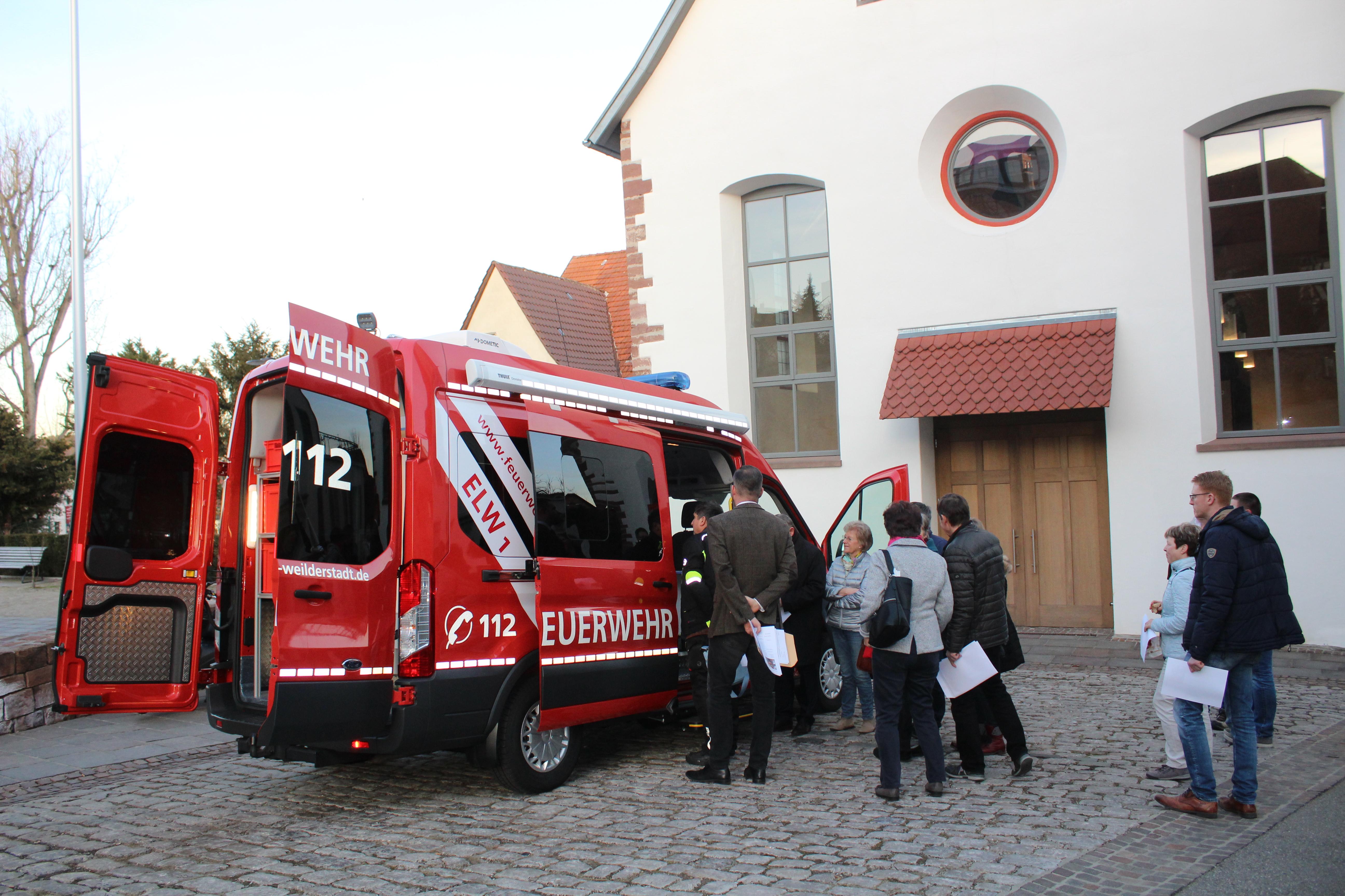 Einsatzleitwagen Feuerwehr