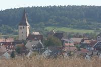 Merklinger Ortsansicht mit Remigiuskirche