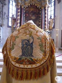 Ausstellung liturgischer Gewänder in St. Peter & Paul