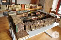 Klösterle Bücherspende von Pfarrer Nann