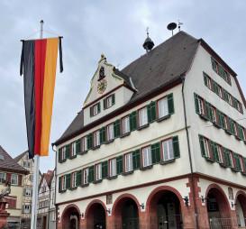 Trauerbeflaggung am Weil der Städter Rathaus